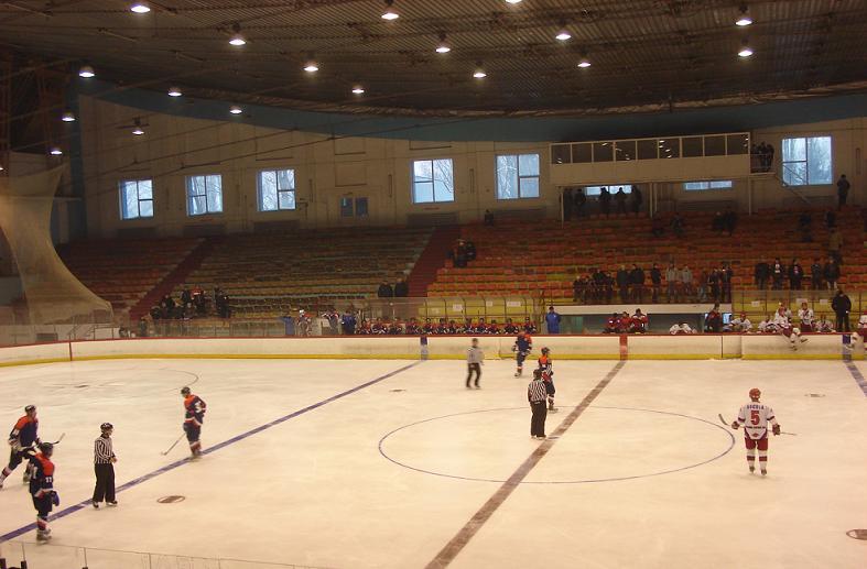 Top 10 patinoare, România – ianuarie 2012