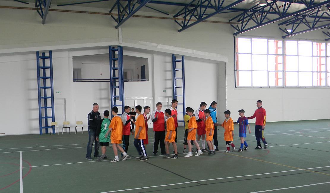 InfoTecuci: Sală nouă de sport la Matca plus competiție de handbal