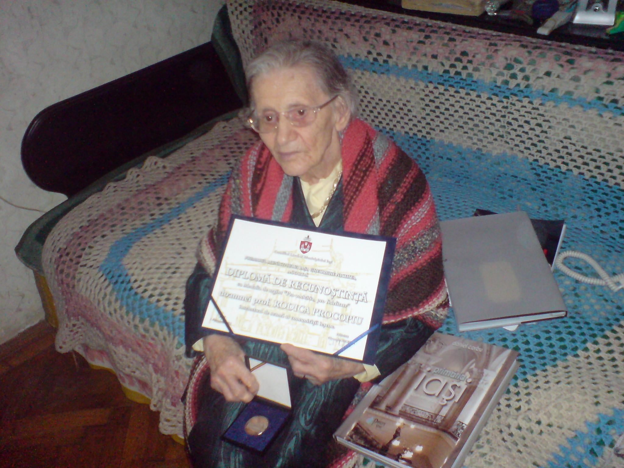 Agenda de Iaşi: Rodica Procopiu, soţia savantului Ştefan Procopiu, a împlinit 101 ani