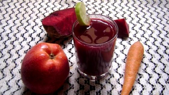 Băutura miraculoasă care distruge cancerul. O poți prepara acasă